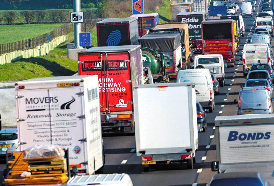 http://www.truckadz.co.uk/wp-content/uploads/2021/03/motorway-image2-e1615899517477.jpg